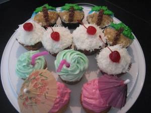 Hawaiian Cupcakes 017